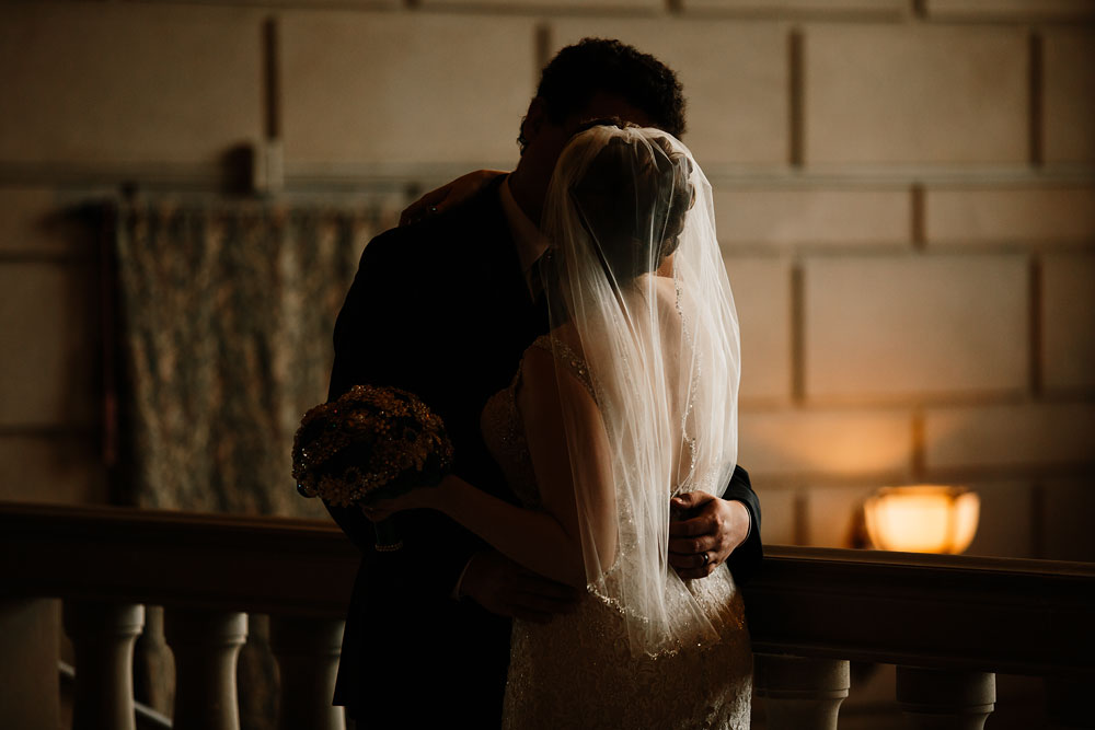 stambaugh-auditorium-youngstown-ohio-cleveland-wedding-photographers-114.jpg