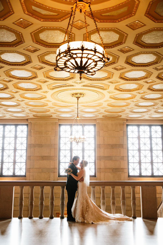 stambaugh-auditorium-youngstown-ohio-cleveland-wedding-photographers-113.jpg