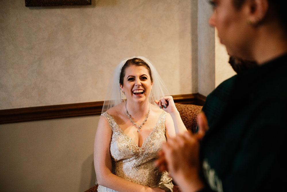 stambaugh-auditorium-youngstown-ohio-cleveland-wedding-photographers-118.jpg