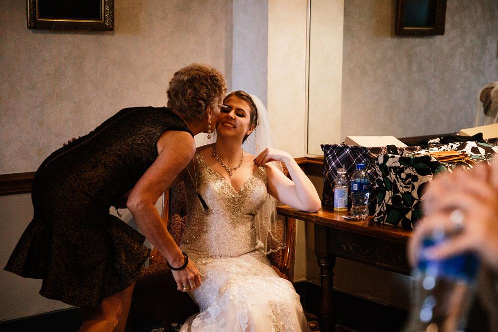 stambaugh-auditorium-youngstown-ohio-cleveland-wedding-photographers-119.jpg