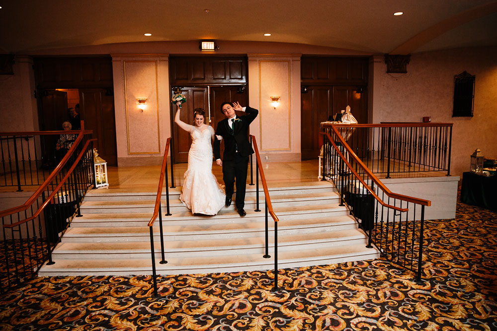 stambaugh-auditorium-youngstown-ohio-cleveland-wedding-photographers-153.jpg