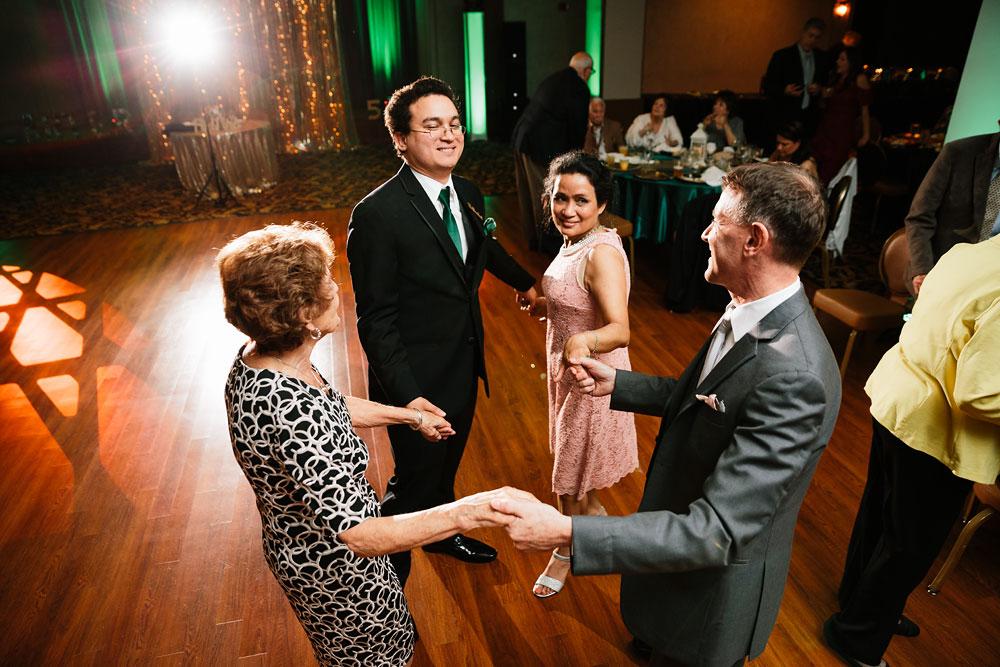 stambaugh-auditorium-youngstown-ohio-cleveland-wedding-photographers-164.jpg