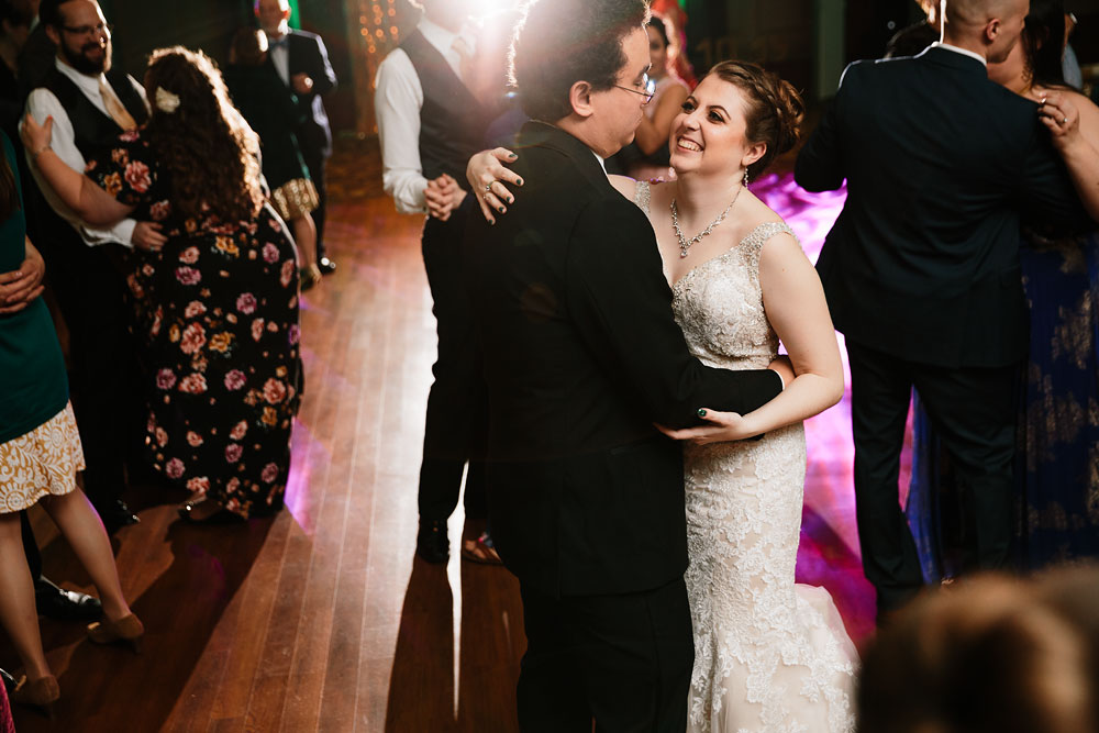 stambaugh-auditorium-youngstown-ohio-cleveland-wedding-photographers-166.jpg