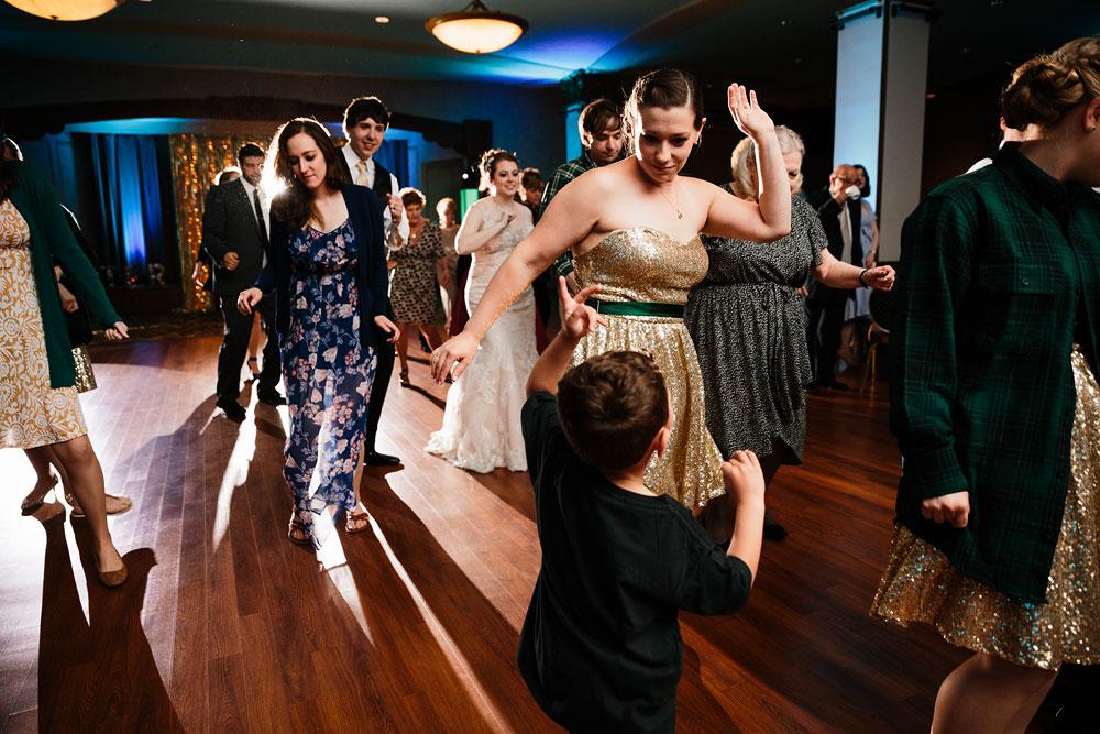 stambaugh-auditorium-youngstown-ohio-cleveland-wedding-photographers-169.jpg