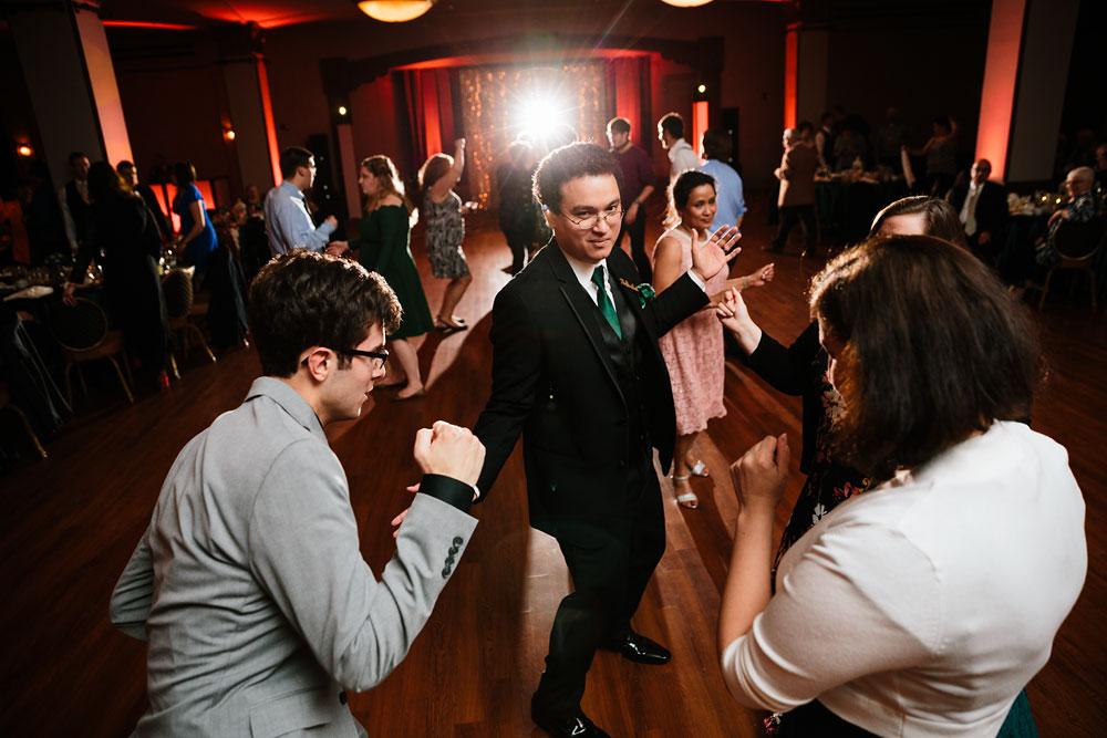 stambaugh-auditorium-youngstown-ohio-cleveland-wedding-photographers-171.jpg