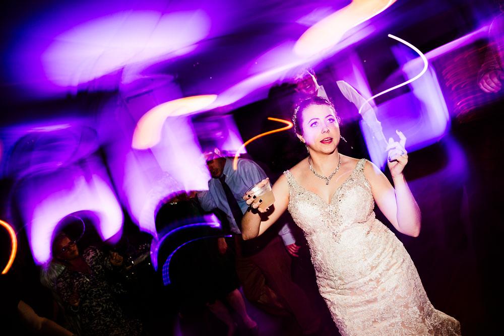 stambaugh-auditorium-youngstown-ohio-cleveland-wedding-photographers-175.jpg