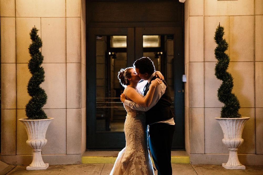 stambaugh-auditorium-youngstown-ohio-cleveland-wedding-photographers-178.jpg
