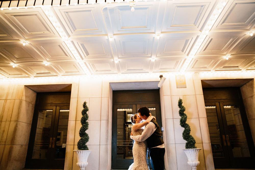 stambaugh-auditorium-youngstown-ohio-cleveland-wedding-photographers-179.jpg