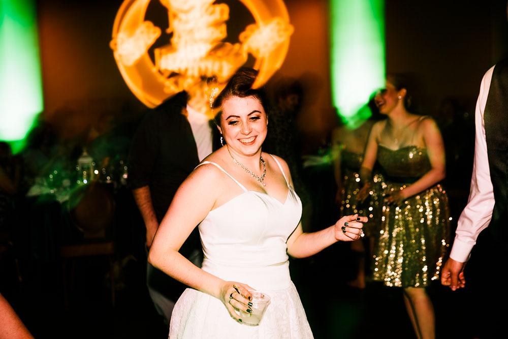 stambaugh-auditorium-youngstown-ohio-cleveland-wedding-photographers-182.jpg