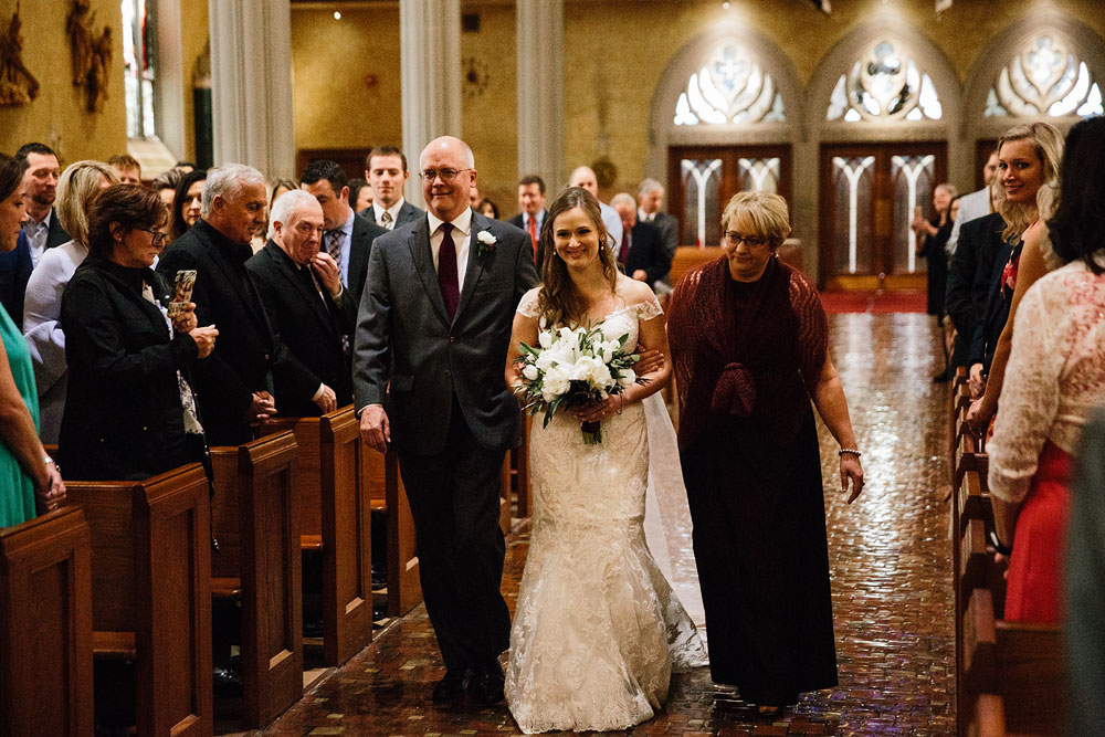 wedding-photographers-in-cleveland-downtown-st-john-cathedral-silver-lake-country-club-cuyahoga-valley-national-park-photography-44.jpg