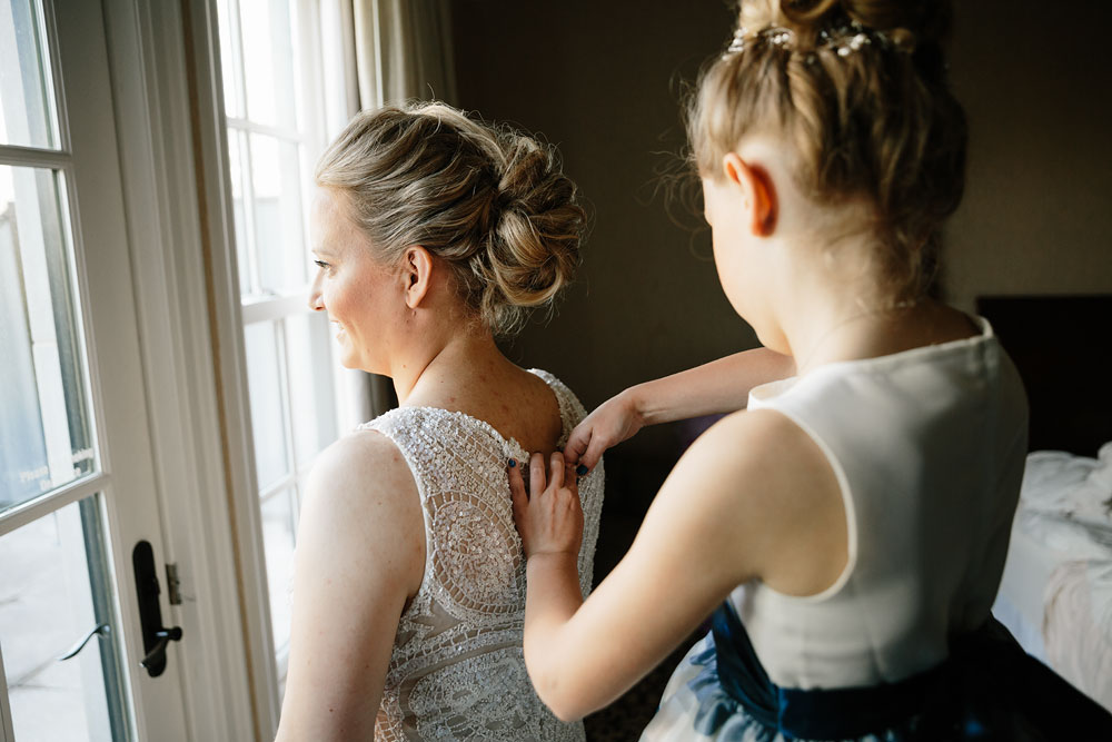 detroit-michigan-wedding-photographers-at-royal-park-hotel-rochester-wedding-26.jpg