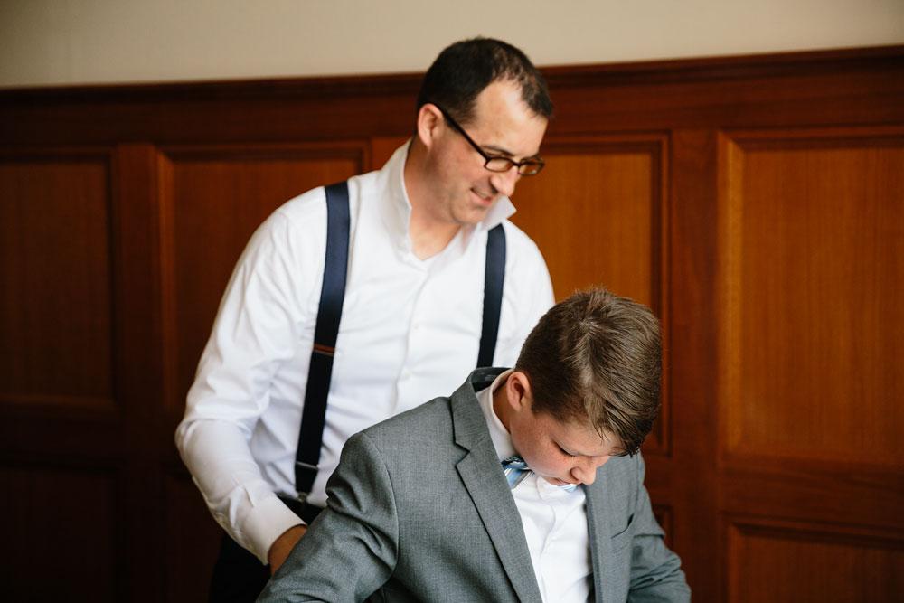detroit-michigan-wedding-photographers-at-royal-park-hotel-rochester-wedding-40.jpg