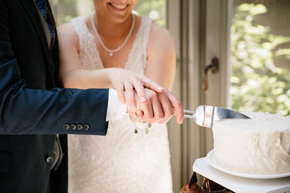 detroit-michigan-wedding-photographers-at-royal-park-hotel-rochester-wedding-93.jpg