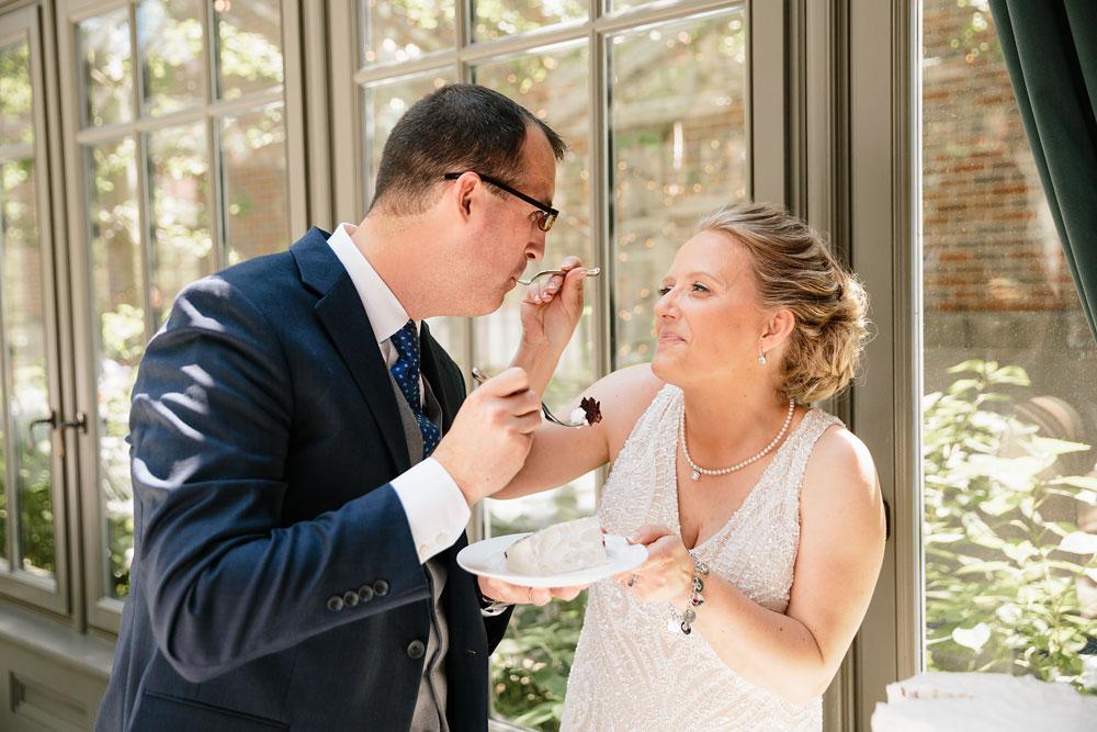detroit-michigan-wedding-photographers-at-royal-park-hotel-rochester-wedding-94.jpg