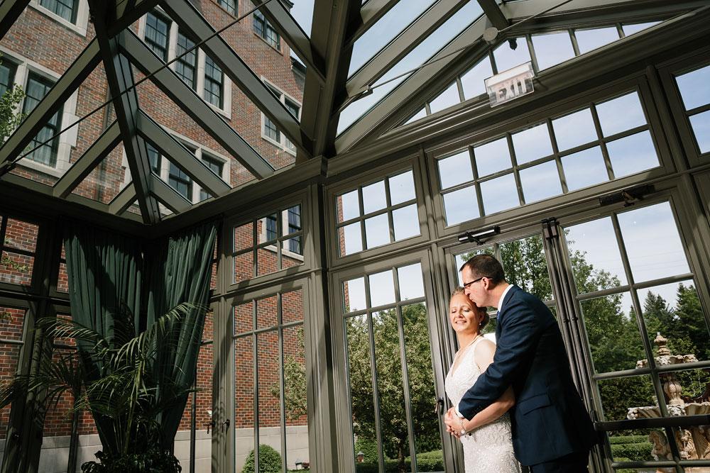 detroit-michigan-wedding-photographers-at-royal-park-hotel-rochester-wedding-98.jpg