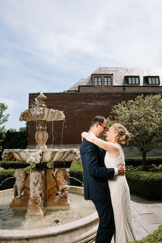 detroit-michigan-wedding-photographers-at-royal-park-hotel-rochester-wedding-102.jpg