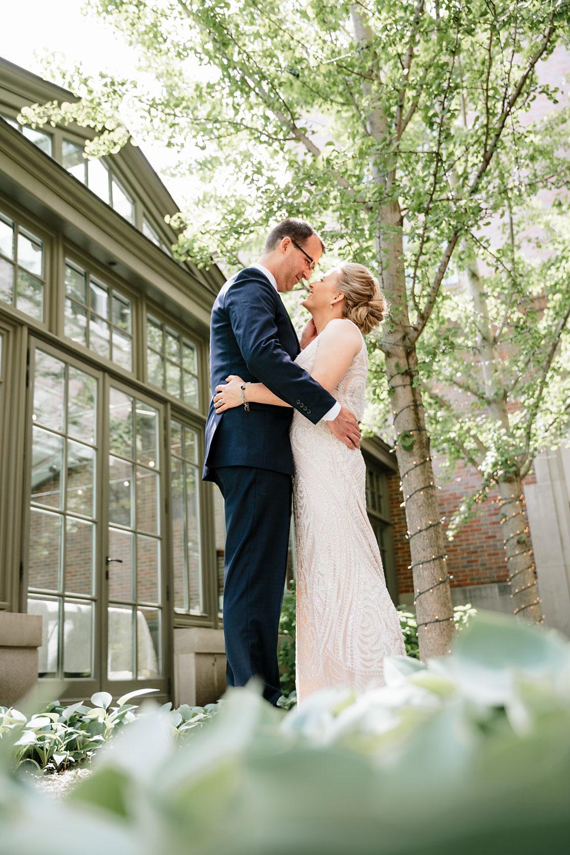 detroit-michigan-wedding-photographers-at-royal-park-hotel-rochester-wedding-104.jpg