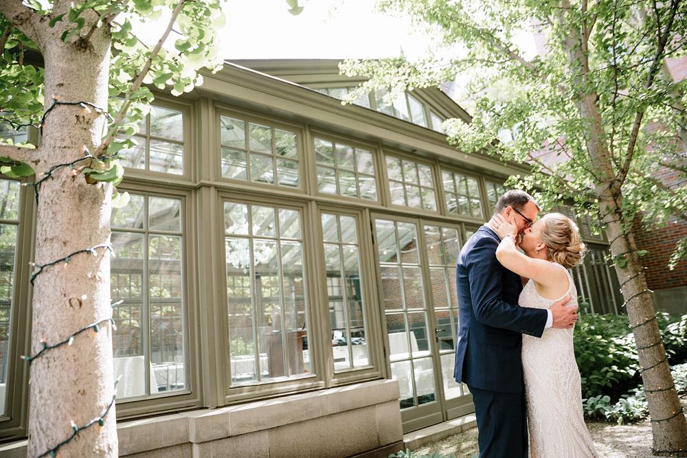 detroit-michigan-wedding-photographers-at-royal-park-hotel-rochester-wedding-106.jpg