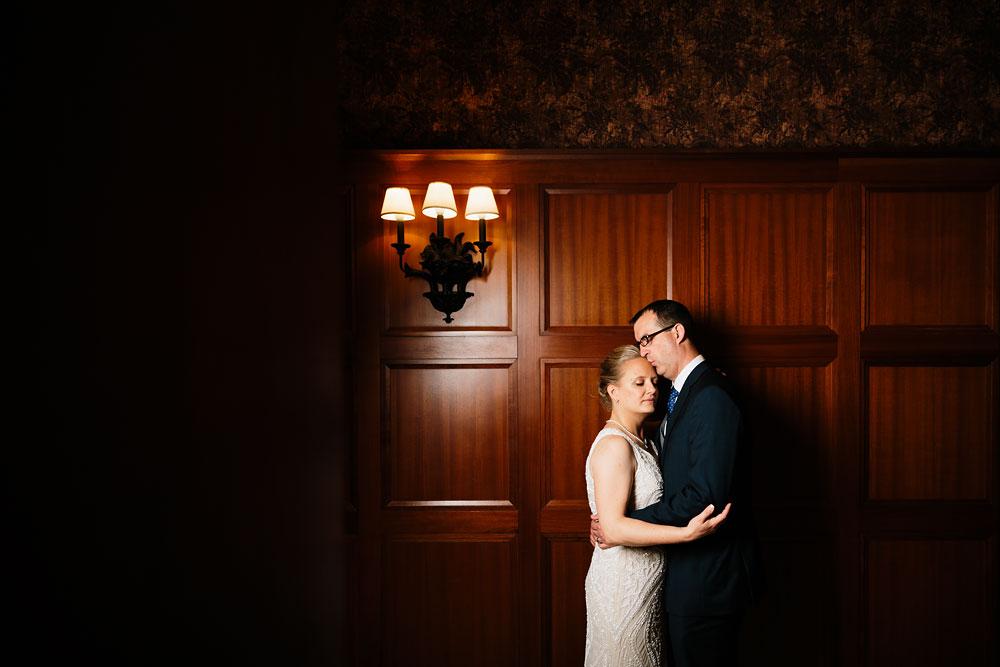 detroit-michigan-wedding-photographers-at-royal-park-hotel-rochester-wedding-107.jpg