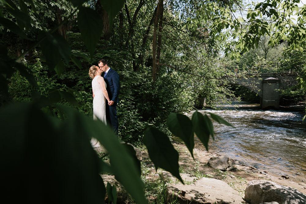 detroit-michigan-wedding-photographers-at-royal-park-hotel-rochester-wedding-121.jpg