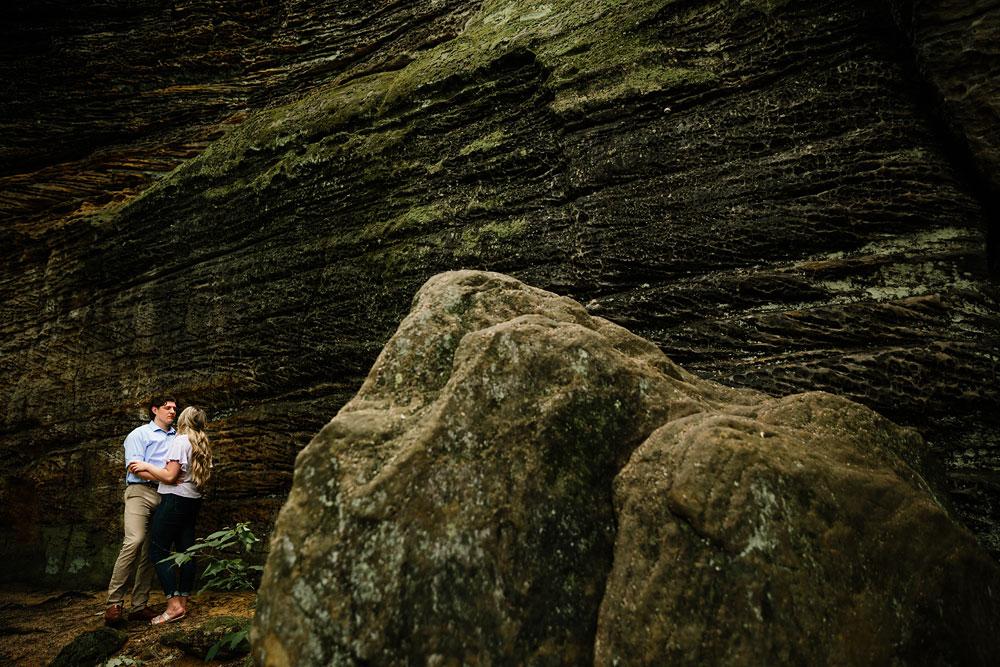 cuyahoga-valley-national-park-engagement-photography-wedding-photographers-in-cleveland-ohio-17.jpg