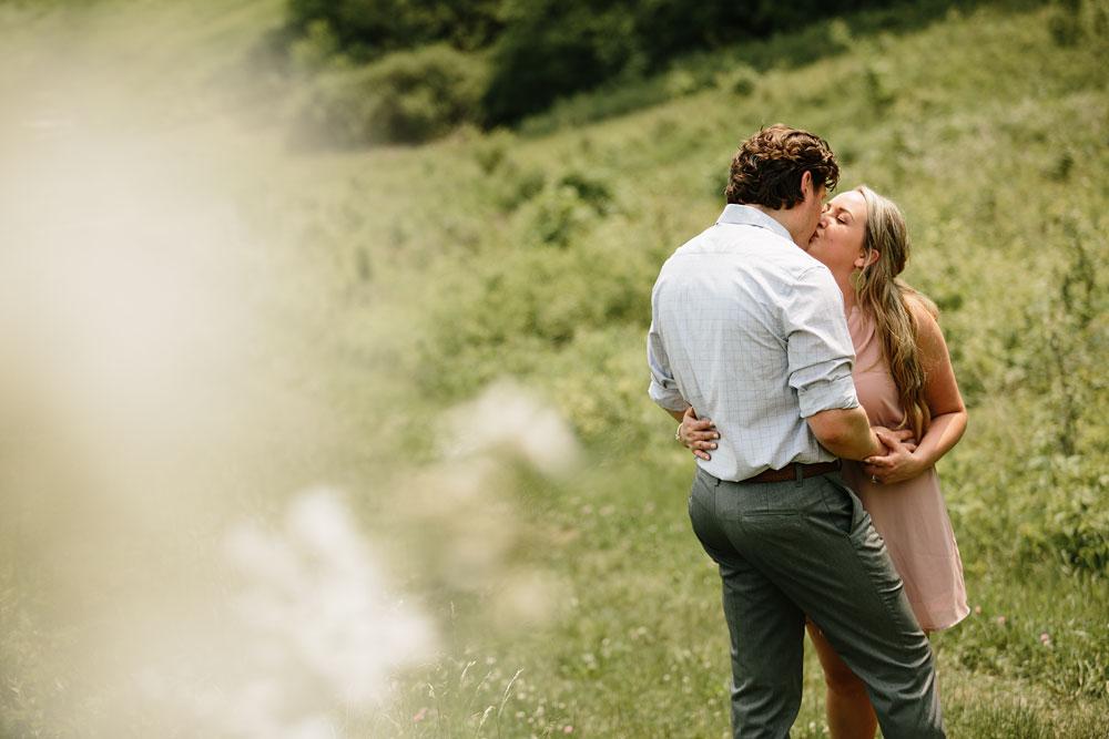 cuyahoga-valley-national-park-engagement-photography-wedding-photographers-in-cleveland-ohio-30.jpg