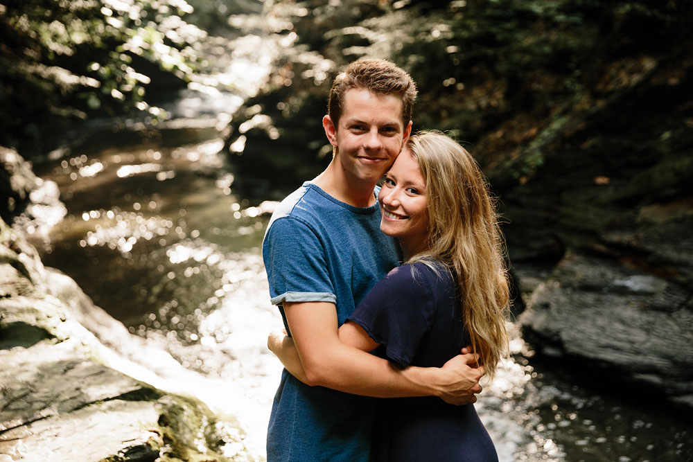 wedding-photographers-in-cleveland-ohio-in-cuyahoga-valley-national-park-engagement-photography-10.jpg