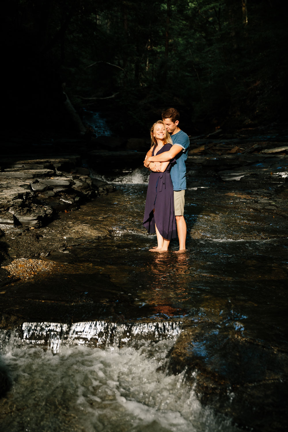 wedding-photographers-in-cleveland-ohio-in-cuyahoga-valley-national-park-engagement-photography-31.jpg