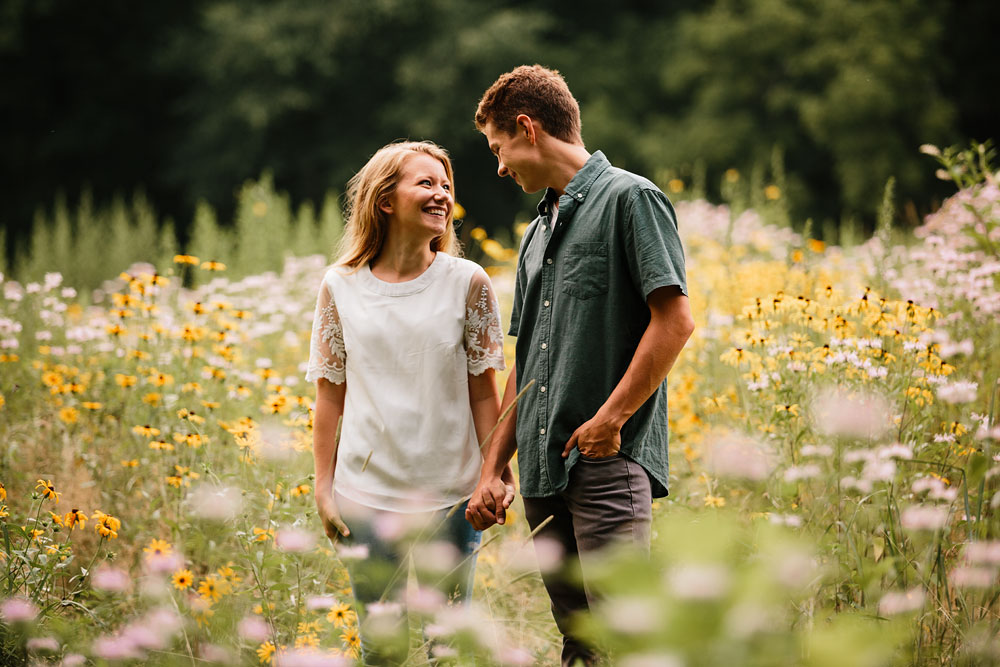 wedding-photographers-in-cleveland-ohio-in-cuyahoga-valley-national-park-engagement-photography-54.jpg
