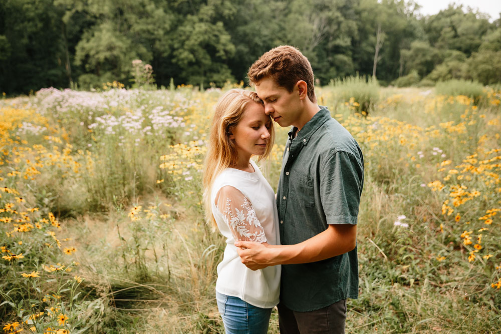 wedding-photographers-in-cleveland-ohio-in-cuyahoga-valley-national-park-engagement-photography-56.jpg
