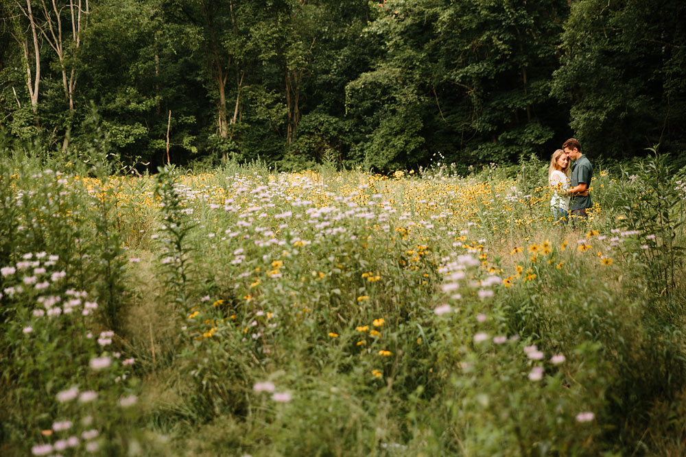 wedding-photographers-in-cleveland-ohio-in-cuyahoga-valley-national-park-engagement-photography-57.jpg