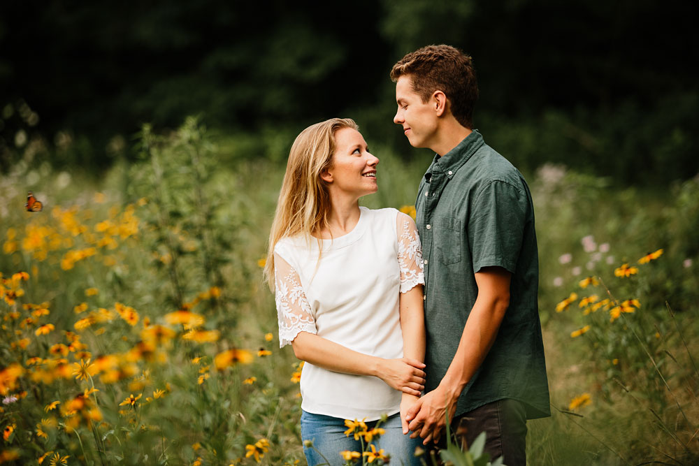 wedding-photographers-in-cleveland-ohio-in-cuyahoga-valley-national-park-engagement-photography-61.jpg