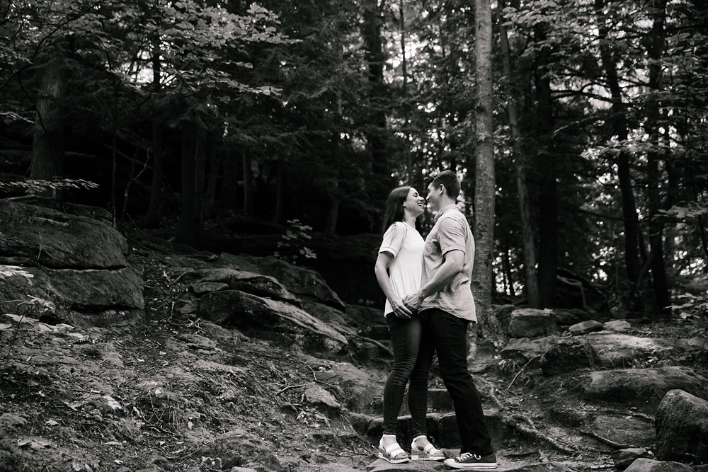 wedding-photographers-in-cleveland-cuyahoga-valley-national-park-engagement-photography-hudson-ohio-sarah-jordan-7.jpg
