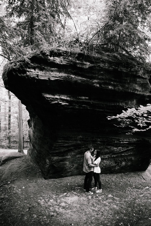 wedding-photographers-in-cleveland-cuyahoga-valley-national-park-engagement-photography-hudson-ohio-sarah-jordan-14.jpg