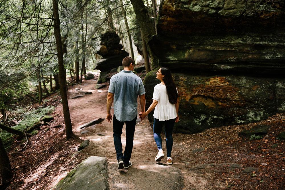 wedding-photographers-in-cleveland-cuyahoga-valley-national-park-engagement-photography-hudson-ohio-sarah-jordan-19.jpg