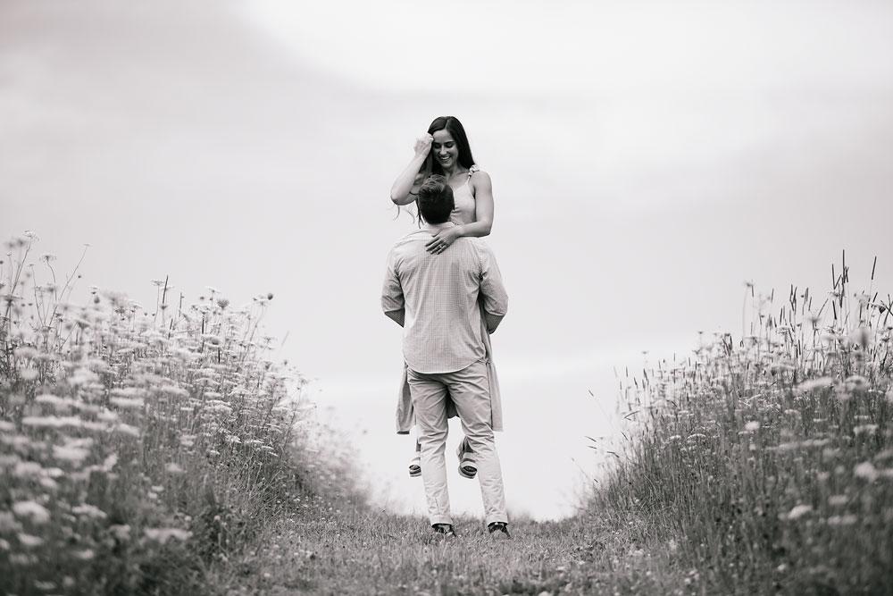 wedding-photographers-in-cleveland-cuyahoga-valley-national-park-engagement-photography-hudson-ohio-sarah-jordan-46.jpg