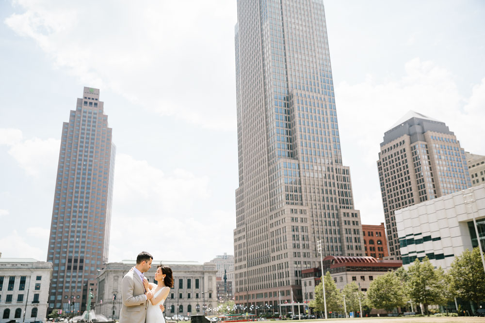 wedding-photographers-in-cleveland-ohio-downtown-orchard-hills-center-pattersons-fruit-farm-24.jpg
