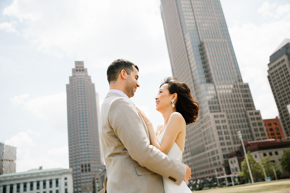wedding-photographers-in-cleveland-ohio-downtown-orchard-hills-center-pattersons-fruit-farm-25.jpg