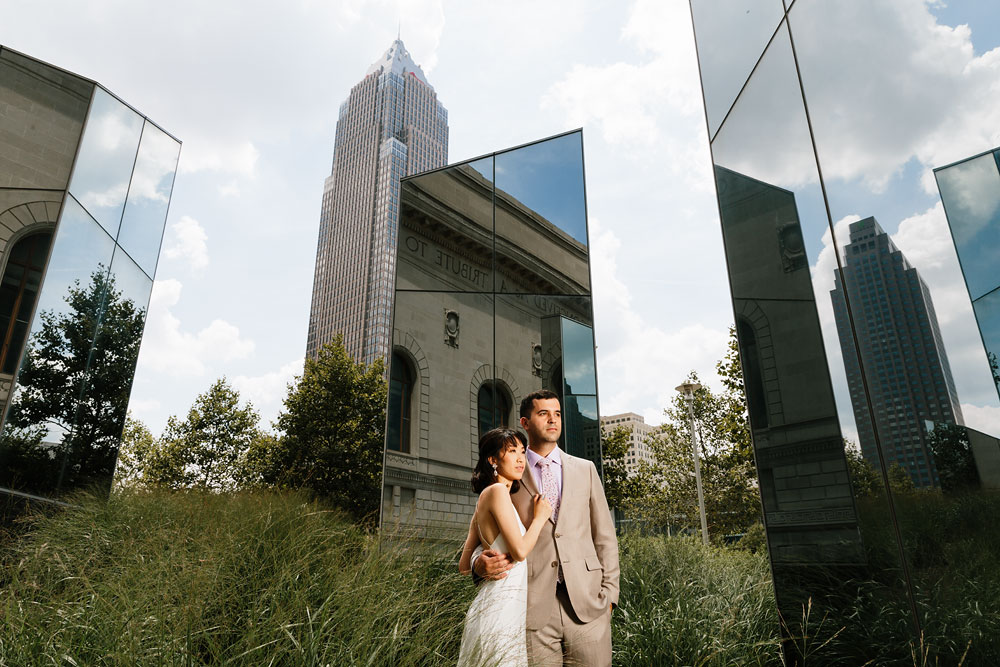 wedding-photographers-in-cleveland-ohio-downtown-orchard-hills-center-pattersons-fruit-farm-36.jpg