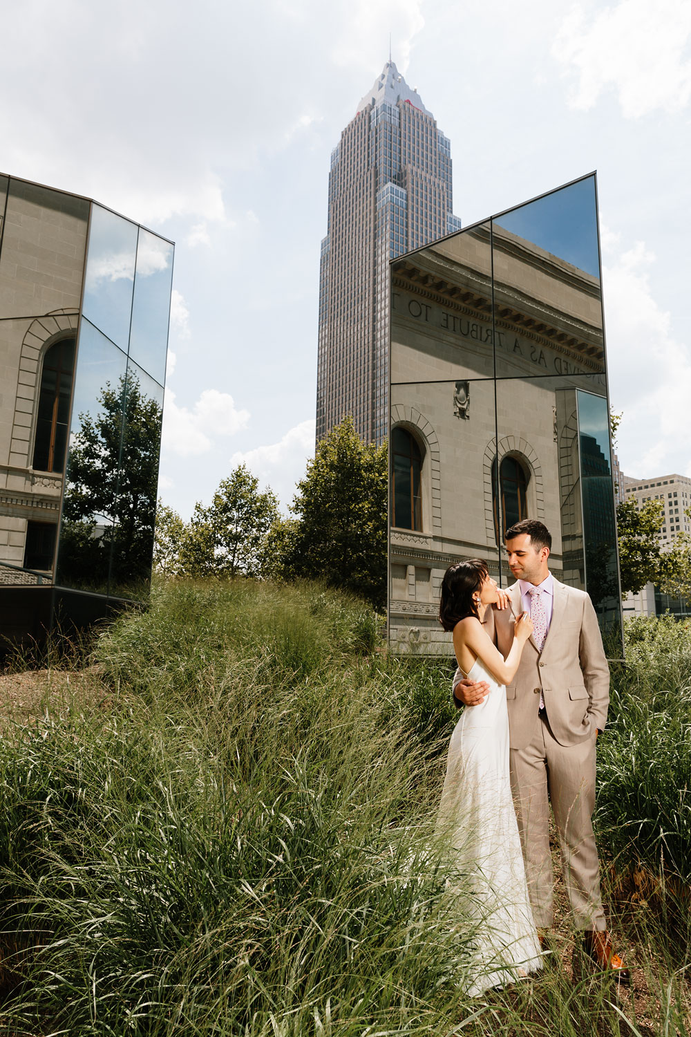 wedding-photographers-in-cleveland-ohio-downtown-orchard-hills-center-pattersons-fruit-farm-37.jpg