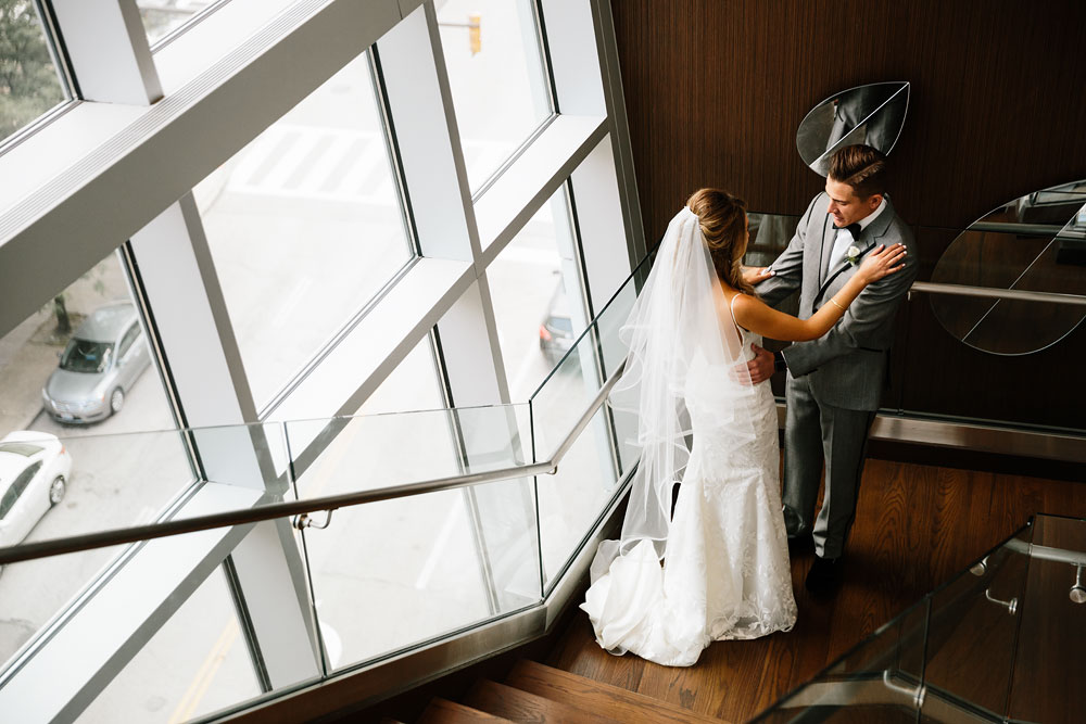 tenk-west-bank-flats-photography-wedding-photographers-in-cleveland-downtown-industrial-44.jpg