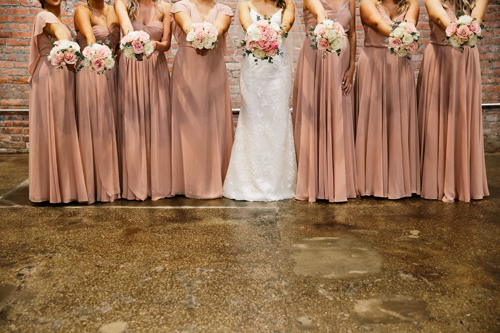 tenk-west-bank-flats-photography-wedding-photographers-in-cleveland-downtown-industrial-58.jpg