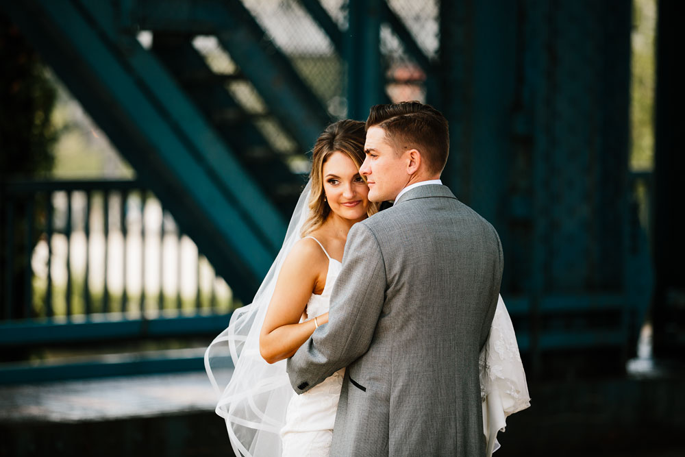 tenk-west-bank-flats-photography-wedding-photographers-in-cleveland-downtown-industrial-71.jpg