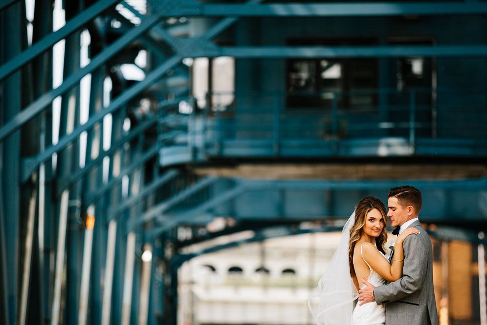 tenk-west-bank-flats-photography-wedding-photographers-in-cleveland-downtown-industrial-73.jpg