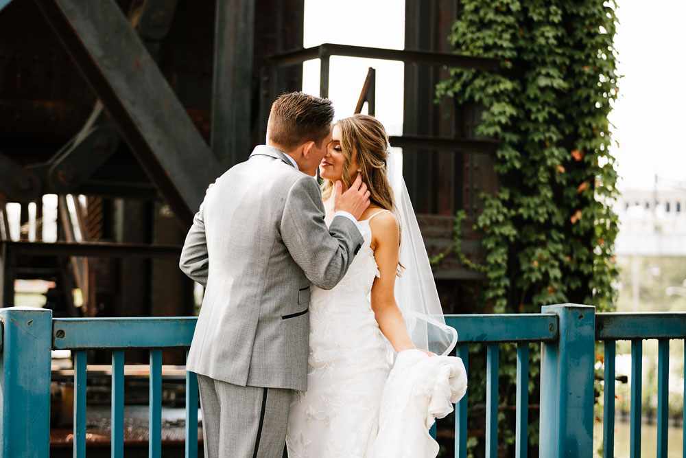 tenk-west-bank-flats-photography-wedding-photographers-in-cleveland-downtown-industrial-76.jpg