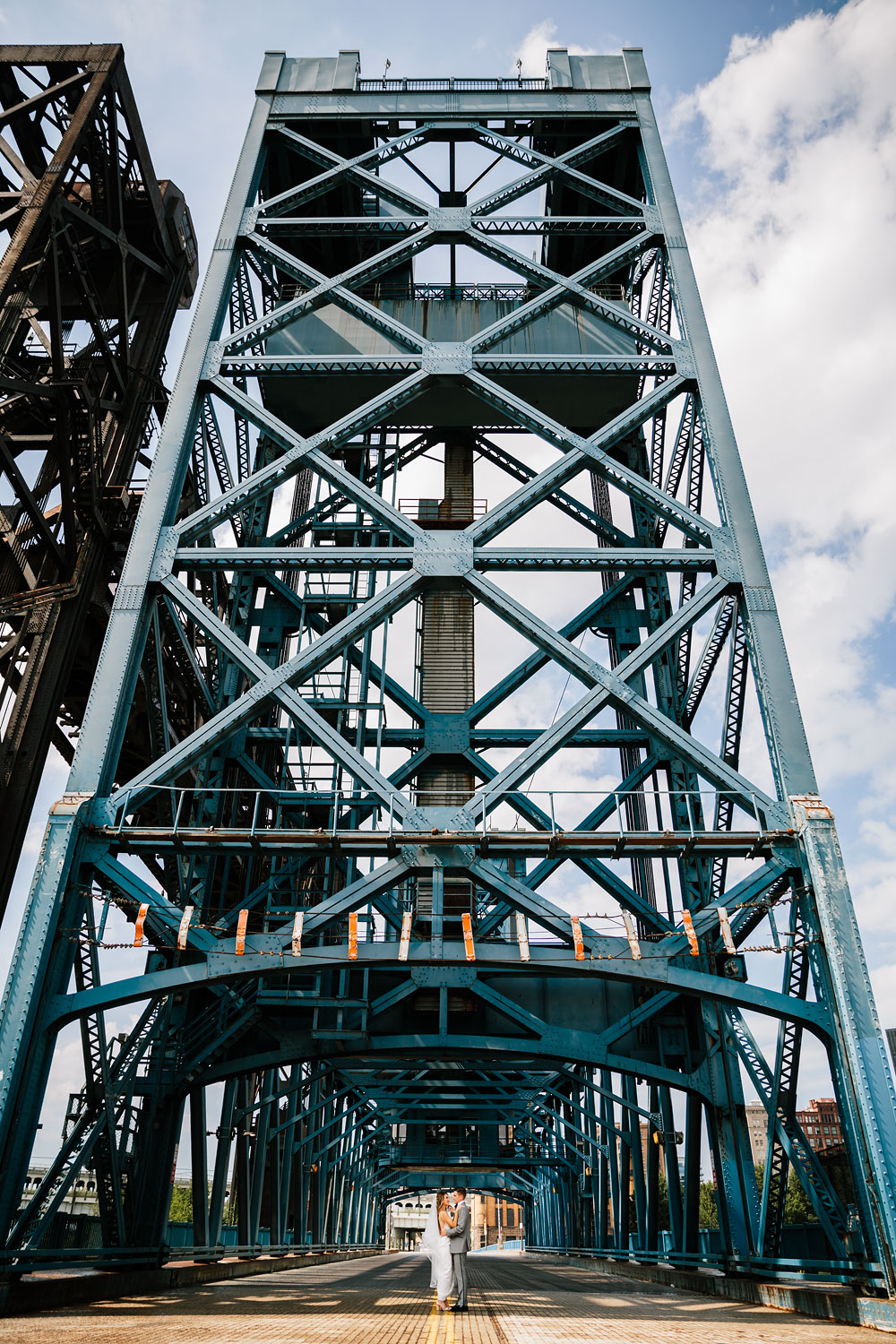tenk-west-bank-flats-photography-wedding-photographers-in-cleveland-downtown-industrial-74.jpg
