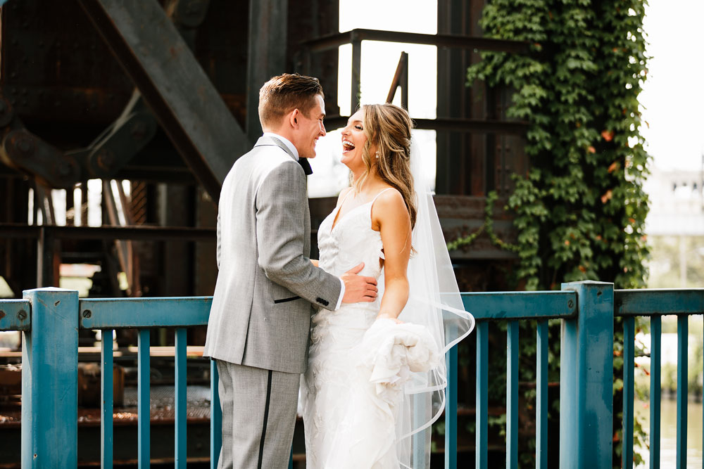 tenk-west-bank-flats-photography-wedding-photographers-in-cleveland-downtown-industrial-77.jpg