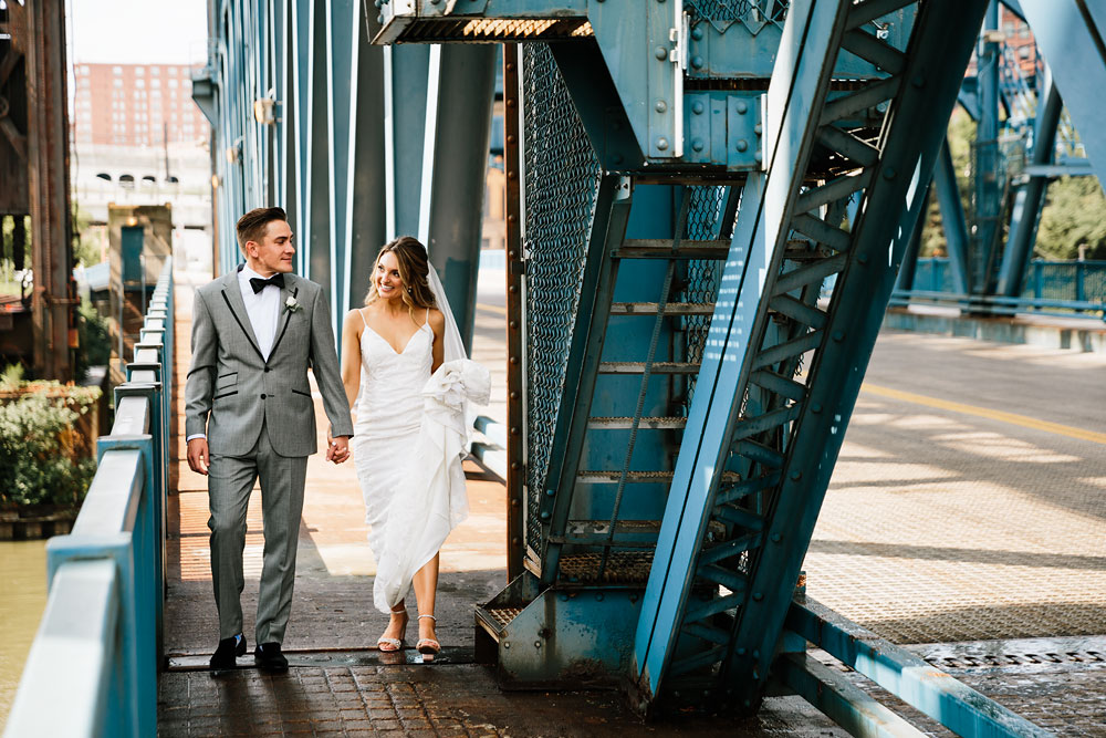 tenk-west-bank-flats-photography-wedding-photographers-in-cleveland-downtown-industrial-79.jpg
