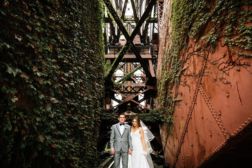 tenk-west-bank-flats-photography-wedding-photographers-in-cleveland-downtown-industrial-90.jpg