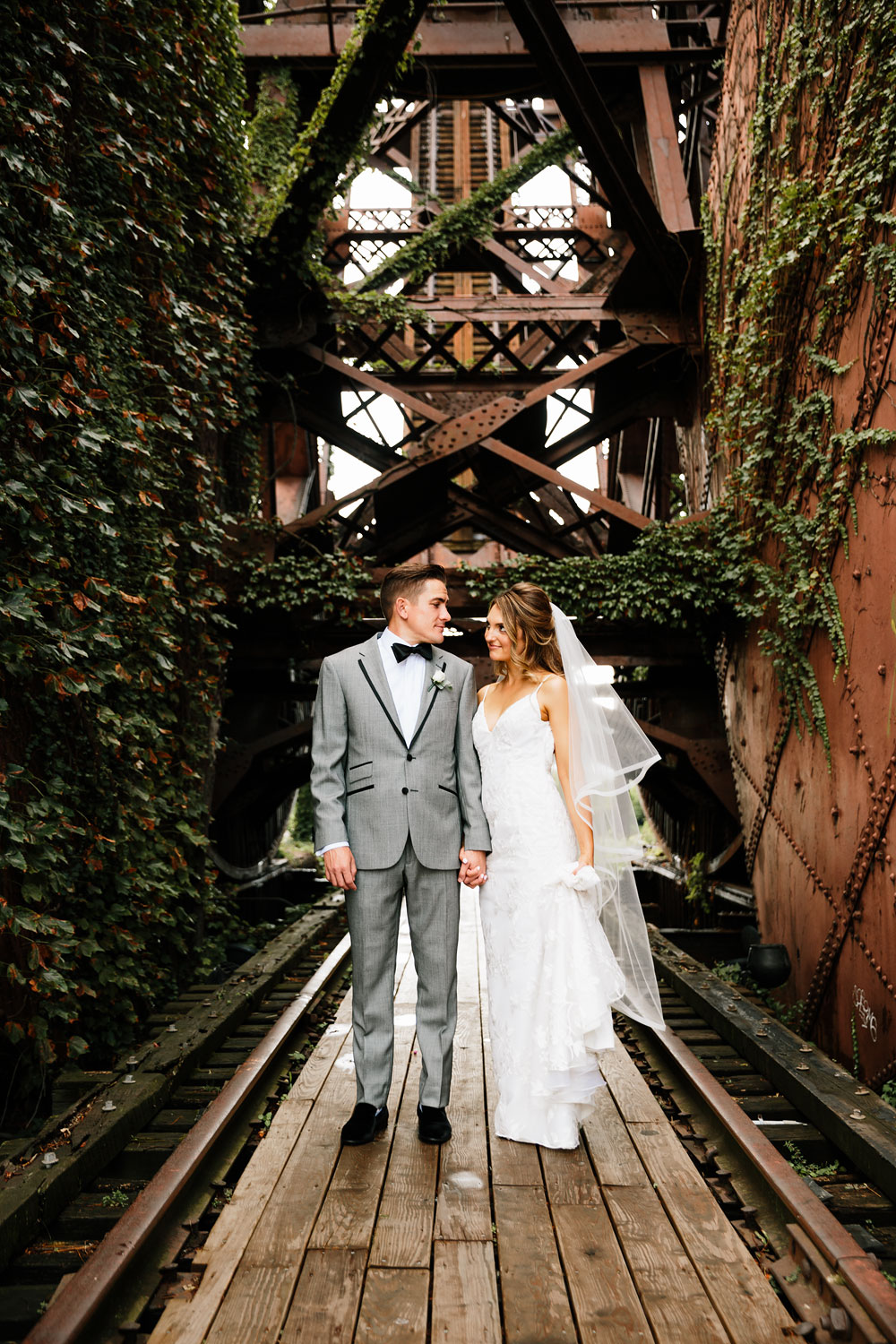 tenk-west-bank-flats-photography-wedding-photographers-in-cleveland-downtown-industrial-91.jpg